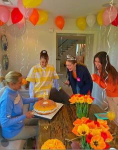 Gigi Hadid, Bella Hadid e Yolanda Hadid