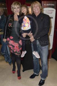 Carmen Russo, Enzo Paolo Turchi e Maria
